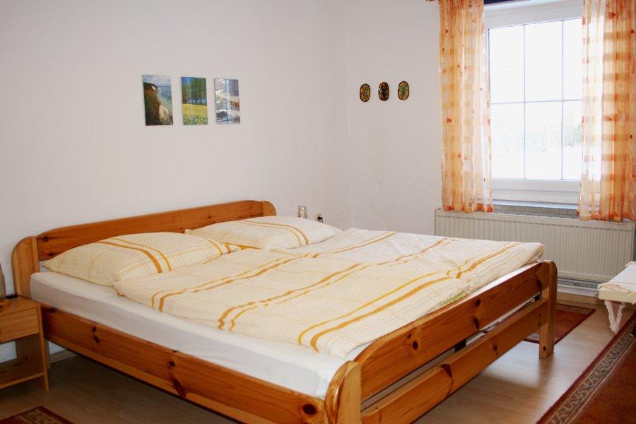 ruegen_ferienwohnung_Schlafzimmer